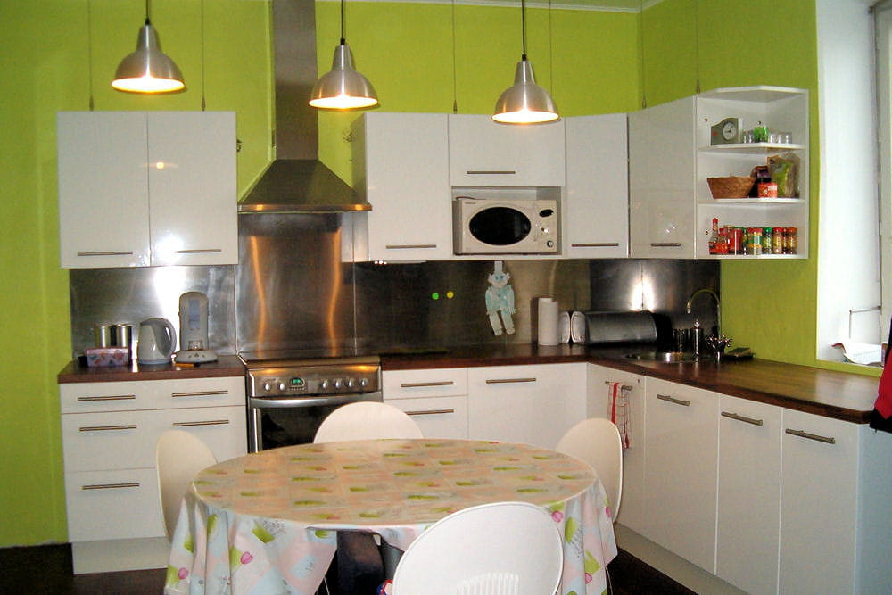 une cuisine zen 15 cuisines am nag es par les lecteurs linternaute. Black Bedroom Furniture Sets. Home Design Ideas