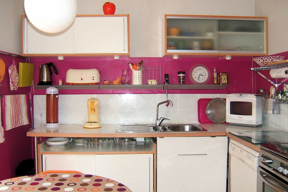 une cuisine en toute simplicit 15 cuisines am nag es par les lecteurs linternaute. Black Bedroom Furniture Sets. Home Design Ideas
