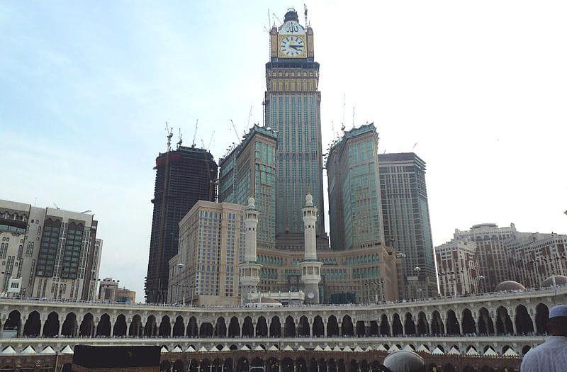 3 abraj al bait towers les tours les plus hautes du monde linternaute. Black Bedroom Furniture Sets. Home Design Ideas