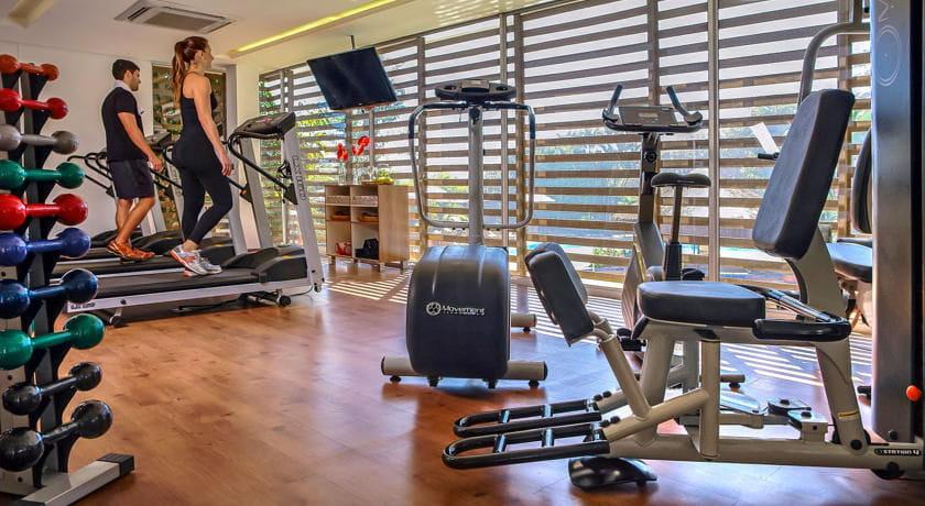 une salle de sport quip e l 39 h tel de l 39 quipe de france au br sil linternaute. Black Bedroom Furniture Sets. Home Design Ideas