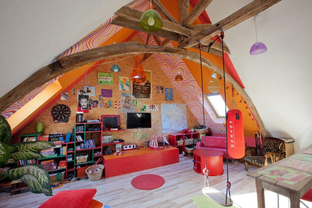 la salle de jeux. Black Bedroom Furniture Sets. Home Design Ideas