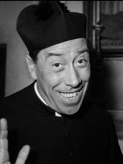 http://www.linternaute.com/cinema/star-cinema/photo/les-comediens-que-vous-regrettez-le-plus/image/fernandel-don-camillo-01-g-cinema-stars-1900208.jpg
