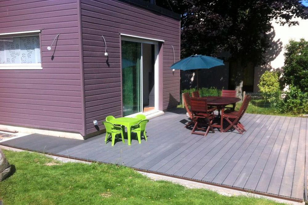 la fin des travaux d couvrez la construction d 39 une extension en bois linternaute. Black Bedroom Furniture Sets. Home Design Ideas