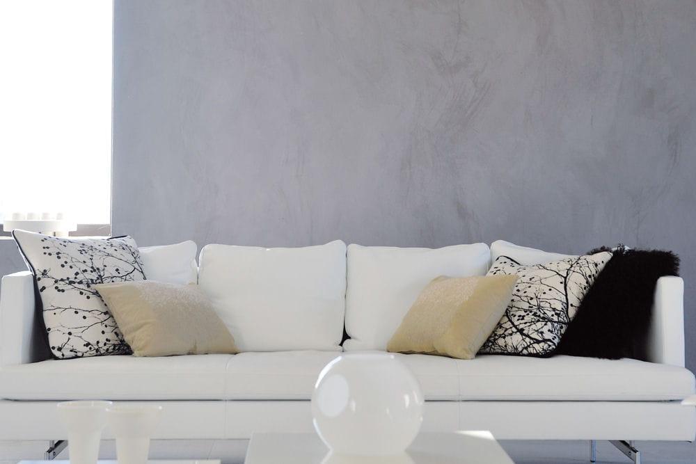 Un mur r nov et d cor avec un seul enduit 20 peintures for Prix enduit projete interieur