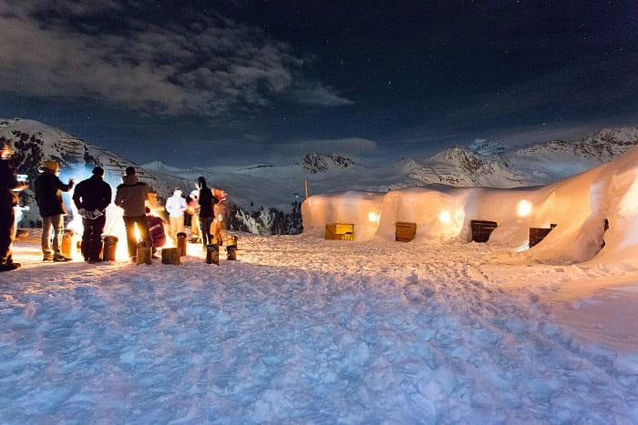 Dormir dans un igloo 30 lieux insolites o dormir en france linternaute - Dormir dans un igloo ...