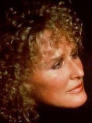 http://www.linternaute.com/cinema/star-cinema/dossier/belles-mais-dangereuses-ces-actrices-qui-ont-joue-les-mechantes/image/471971-glenn-close-alex-forrest-dans-liaison-fatale-cinema-stars-2079776.jpg