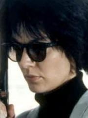 http://www.linternaute.com/cinema/star-cinema/dossier/belles-mais-dangereuses-ces-actrices-qui-ont-joue-les-mechantes/image/471891-anne-parillaud-nikita-dans-nikita-cinema-stars-2079826.jpg