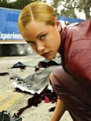 http://www.linternaute.com/cinema/star-cinema/dossier/belles-mais-dangereuses-ces-actrices-qui-ont-joue-les-mechantes/image/472154-kristanna-loken-la-terminatrix-dans-terminator-3-cinema-stars-2079952.jpg