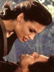 http://www.linternaute.com/cinema/star-cinema/dossier/belles-mais-dangereuses-ces-actrices-qui-ont-joue-les-mechantes/image/471961-famke-jansen-xenia-onatopp-dans-goldeneye-cinema-stars-2080000.jpg