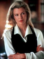 http://www.linternaute.com/cinema/star-cinema/dossier/belles-mais-dangereuses-ces-actrices-qui-ont-joue-les-mechantes/image/sang-chaud-pour-meutre-d-ii05-g-cinema-stars-2080050.jpg
