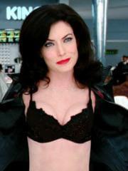 http://www.linternaute.com/cinema/star-cinema/dossier/belles-mais-dangereuses-ces-actrices-qui-ont-joue-les-mechantes/image/men-in-black-2-2002-16-g-cinema-stars-2080178.jpg