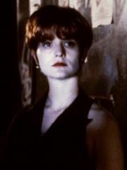 http://www.linternaute.com/cinema/star-cinema/dossier/belles-mais-dangereuses-ces-actrices-qui-ont-joue-les-mechantes/image/jf-partagerait-apparteme-ii09-g-cinema-stars-2080192.jpg