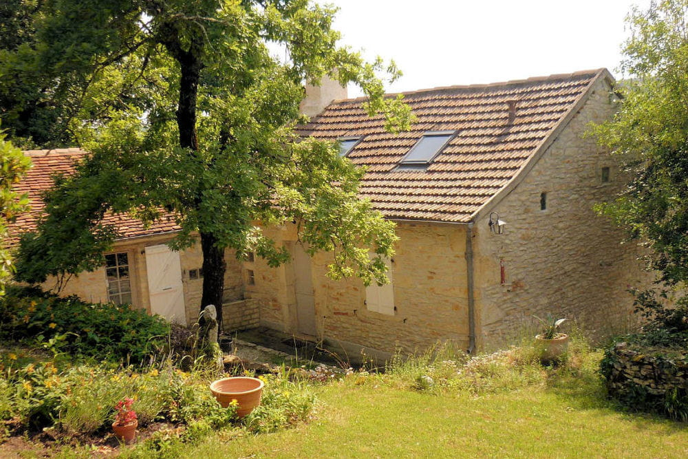 La maison r nov e une jolie maison en pierre r nov e dans le lot linternaute for Maison renovee