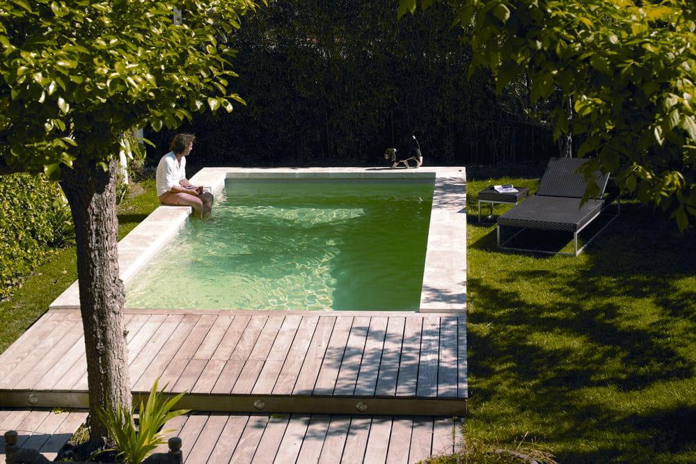 une piscine adapt e aux petits espaces 25 piscines et spas installer chez soi linternaute. Black Bedroom Furniture Sets. Home Design Ideas