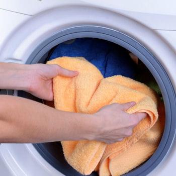 Fabriquer de la lessive maison vinaigre blanc guide d 39 utilisation de ce nettoyant cologique - Lessive maison vinaigre blanc ...