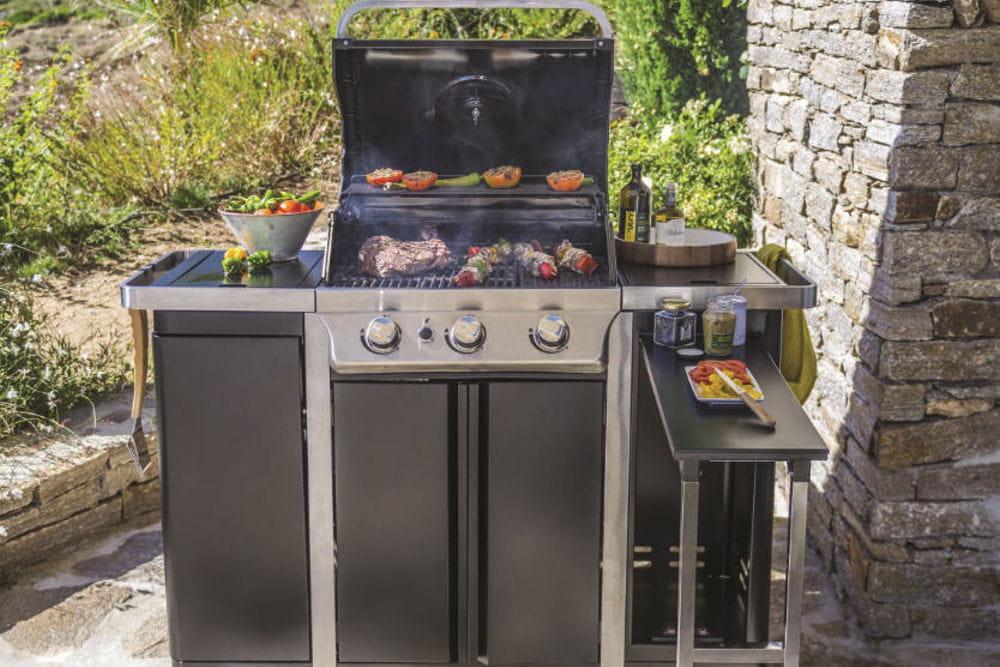 barbecue camden 350 25 id es d co pour le jardin ou la. Black Bedroom Furniture Sets. Home Design Ideas