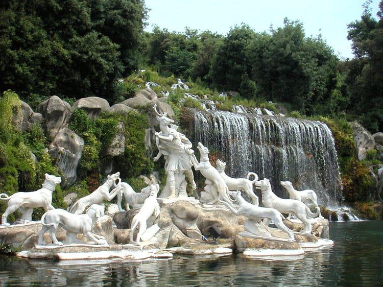 Jardins de caserte les plus beaux sites voir en italie for Jardin d italie chateauroux