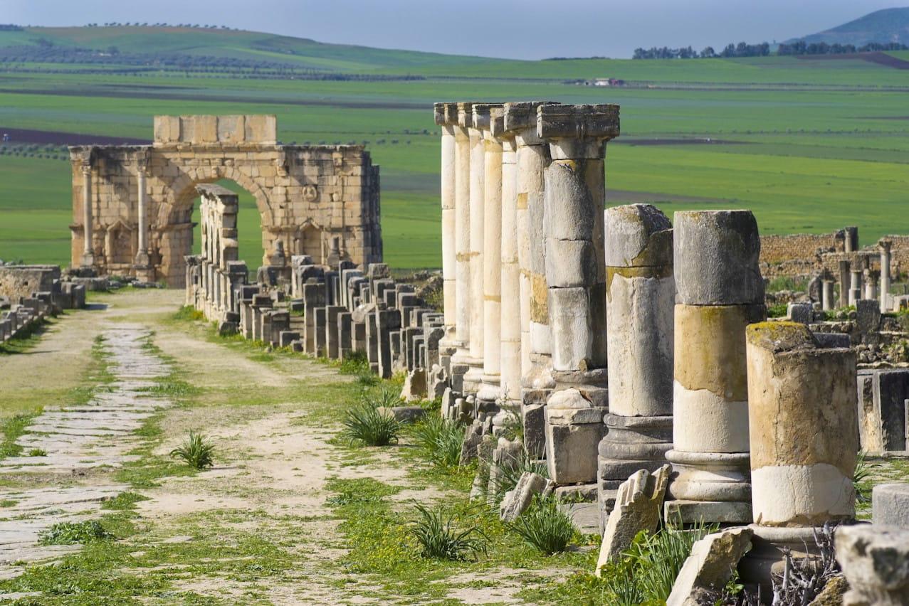 Volubilis La Rome Antique Au Maroc