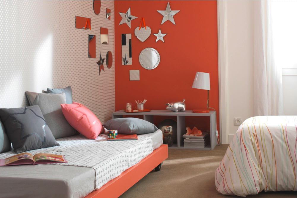 une chambre d cor e pour une starlette des id es d co pour une chambre d 39 enfant linternaute. Black Bedroom Furniture Sets. Home Design Ideas