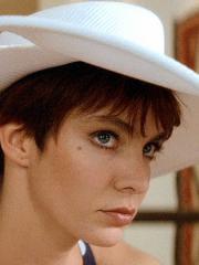 http://www.linternaute.com/cinema/star-cinema/heroines-de-luc-besson/image/2221306-anne-parillaud-dans-nikita-cinema-stars-2233498.jpg