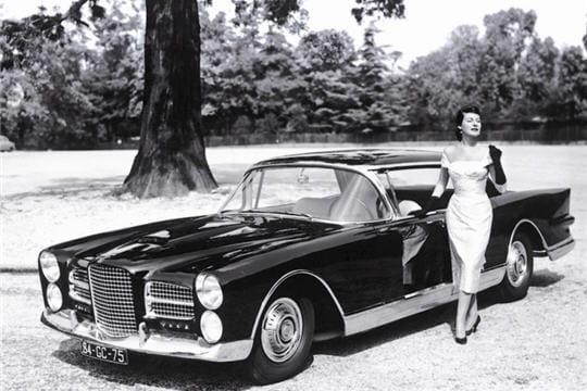 en 1954, facel-véga se lance dans la fabrication d'un grand coupé luxueux