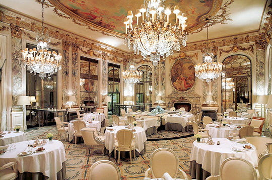 Salon De Jardin Grand Luxe : La décoration du restaurant Le Meurice sinspire de celle du