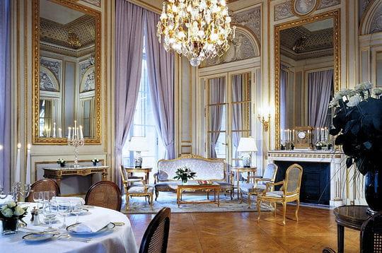 Le salon des batailles - Salon de la decoration paris ...