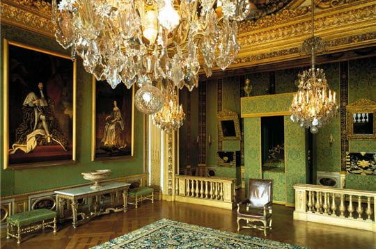 La chambre du roi le ch teau de vaux le vicomte for Chambre louis xiv