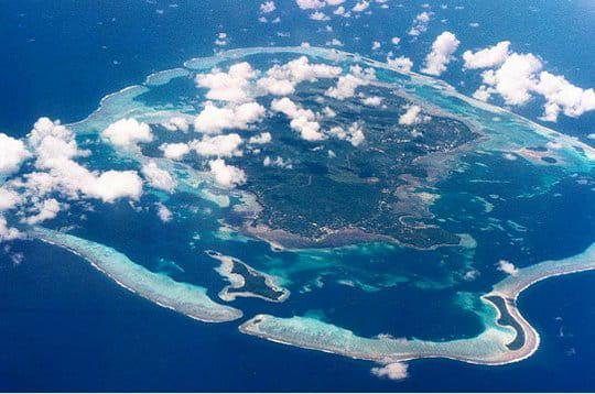 cette photo de l'île de wallis a été prise depuis un falcon 200 gardian de la