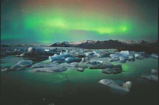 'le niveau des mers pourrait augmenter de 1 mètre avant 2100'. source: wwi