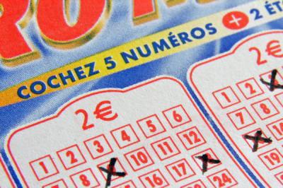 euromillions jusqu 39 quelle heure peut on jouer ce 3 octobre linternaute. Black Bedroom Furniture Sets. Home Design Ideas