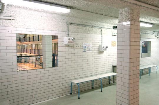 Les vestiaires for Vestiaires piscine