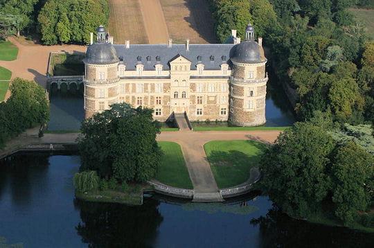 chateau-serrant-240032.jpg
