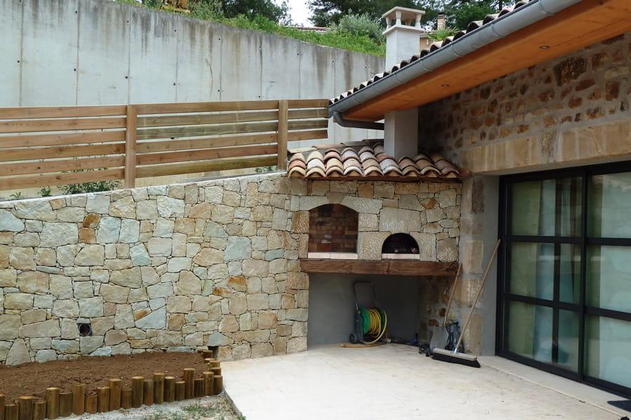 Une terrasse en b ton empreinte la charmante petite maison ard choise de ni - Terrasse beton empreinte bois ...