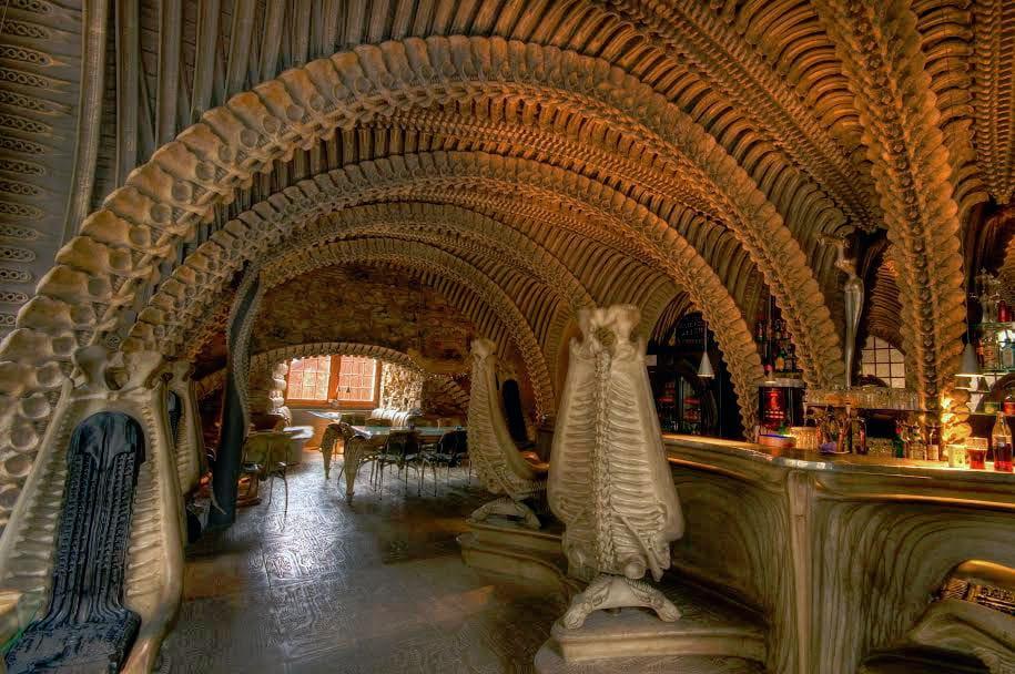 Le Bar Du H R Giger Museum Dans Un D 233 Cor De Science
