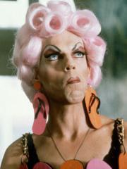 http://www.linternaute.com/cinema/magazine/acteurs-travestis-en-femme/image/sipa_51418706_000001-cinema-magazine-2413551.jpg