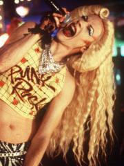 http://www.linternaute.com/cinema/magazine/acteurs-travestis-en-femme/image/sipa_00434306_000001-cinema-magazine-2413680.jpg