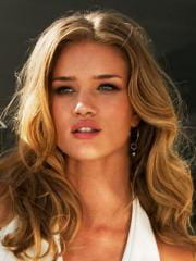 http://www.linternaute.com/cinema/star-cinema/ces-mannequins-devenus-actrices/image/sipa_rex43083638_000001-cinema-stars-2438024.jpg