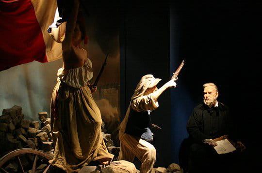 le musée grévin seconstitue également d'une partie sur l'histoire de