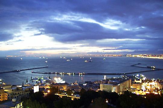 العاصمة الجزائريـــة 12x-mer-magazine-255933