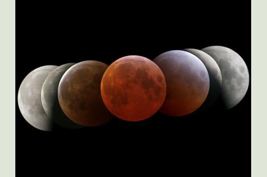 'différents clichés de l'éclipse de lune du 4 mars 2007 ont été mis bout à bout