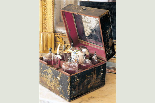 coffret flacons fragonard l 39 empire du parfum. Black Bedroom Furniture Sets. Home Design Ideas