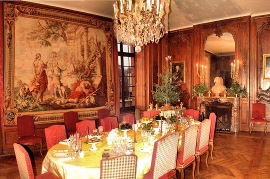 La salle manger le ch teau de breteuil linternaute for Recherche salle a manger