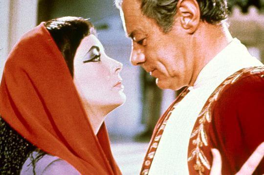 la plus célèbre : elizabeth taylor est certainement l'actrice qu'on associe le