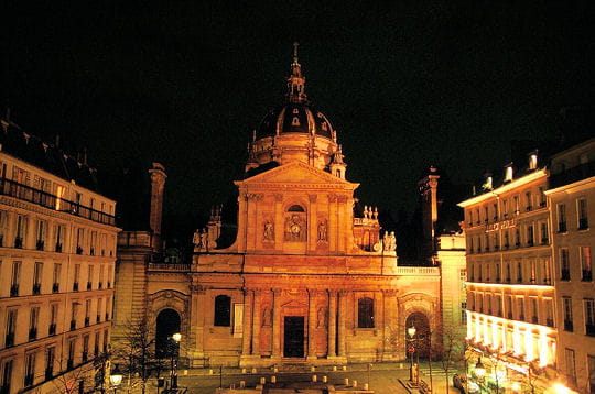 www.linternaute.com/paris/magazine/photo/paris-by-night/image/sorbonne-277315.jpg