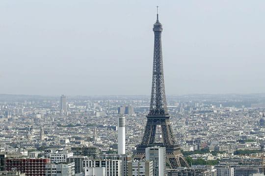La tour eiffel survolez la capitale en h licopt re linternaute - Dimensions de la tour eiffel ...