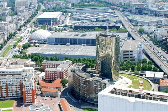 La tour triangle porte de versailles pourquoi ce projet herzog m delanoe paris tower - Palais des expositions porte de versailles ...