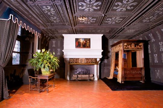 La chambre de louise de lorraine le ch teau de for Chateau chenonceau interieur