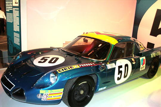 l 39 alpine a210 aux 24h du mans 1969 exposition passion alpine linternaute. Black Bedroom Furniture Sets. Home Design Ideas
