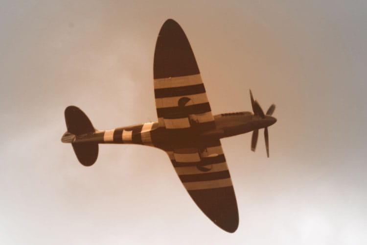 Anciens Avions Spitfire-285943